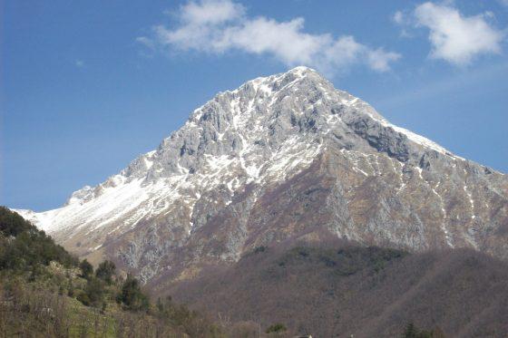 Lucca: alpinista scivola e muore alla Pania della Croce