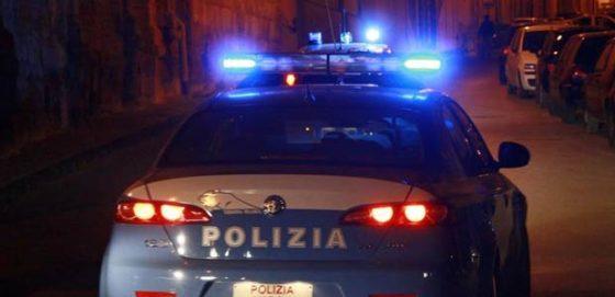 Firenze: polizia sequestra 20 chili di droga in parcheggio a Novoli