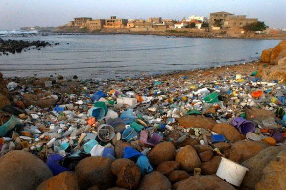 Legambiente, un mare di rifiuti nelle reti dei pescatori