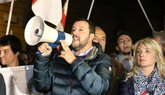 """Salvini ad Arezzo: """"Se centrodestra al Governo, truffati dalla banche saranno risarciti"""""""