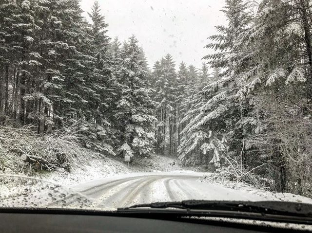 Maltempo, neve sui passi dell'Alto Mugello