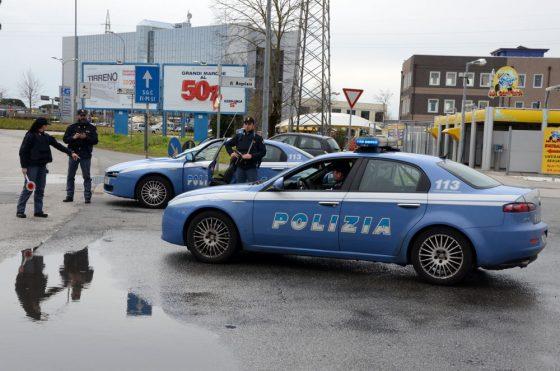 Toscana, ritirate 16 patenti in controlli della Polstrada