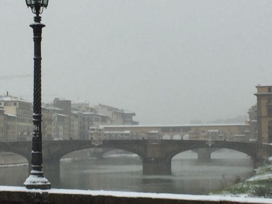 Firenze si sveglia con la neve