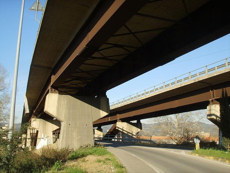 Trovato ferito sotto viadotto a Firenze