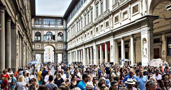 Gli ingressi nei primi 100 musei mondiali sono calati del 77%