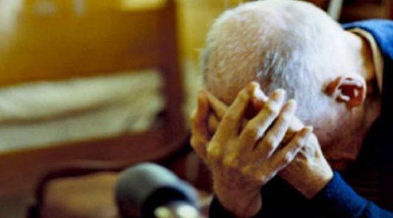 Grosseto: violenze contro anziano disabile, allontanata parente