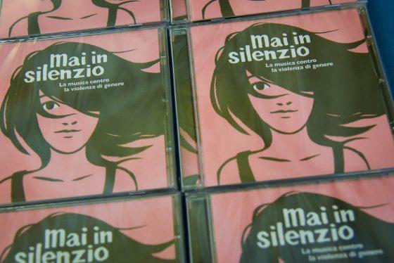 """Giovanisì Live: giovedì speciale diretta Facebook con """"Mai in silenzio"""""""