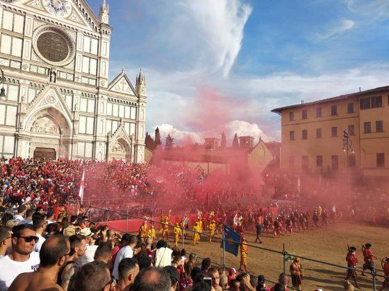 Calcio storico: semifinali Rossi-Verdi e Bianchi-Azzurri