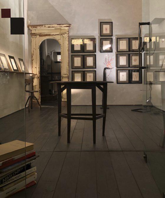 Mirar OLTRE, la nuova mostra di Lucy Jochamowitz