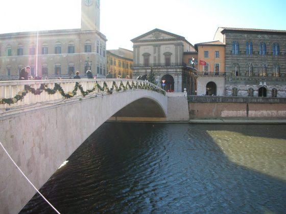 Ballottaggi: Salvini a Pisa per la cena sul Ponte di Mezzo, è polemica