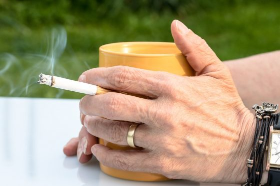 Giardini 'no smoking' a Bagno a Ripoli (FI), multe fino 500 euro