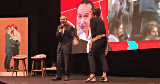 Benigni dedica premio Satira, a chi non c'è più, al Pd