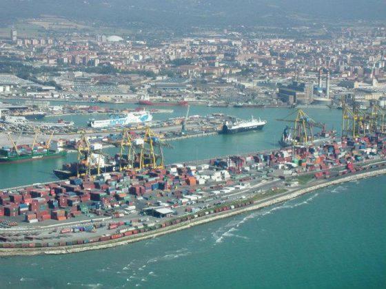 Livorno: area di crisi, contributi alle imprese per creare occupazione