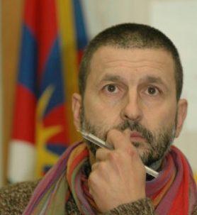 GKN, don Santoro (Piagge): Chiese suonino campane a morto