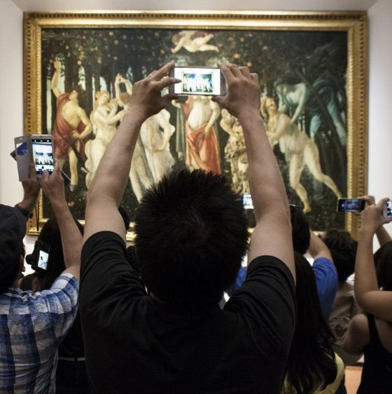 Grand Tourismo: l'arte, il cellulare e noi. Agli Uffizi