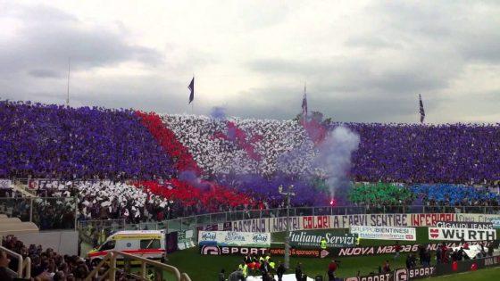 Fiorentina, striscione tifosi contro i Della Valle sul ponte alle Grazie