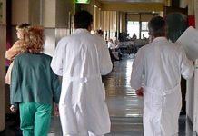 coronavirus: carenza mascherine per medici