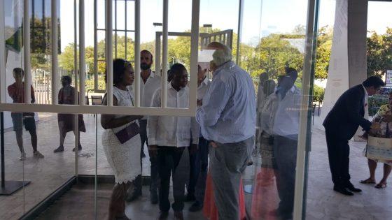 L'ex Presidente del Sudafrica in visita al Mandela Memorial di Firenze