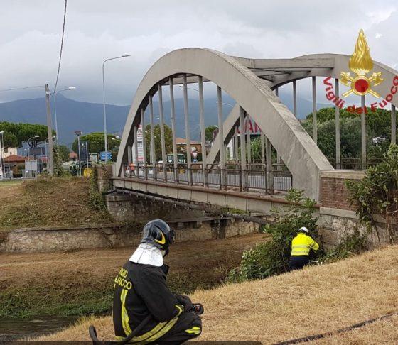 Tubo gas metano si rompe nel Pisano, traffico in tilt