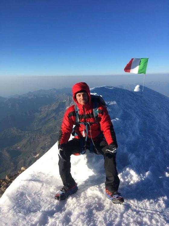 Con protesi gambe scala Monte Rosa e si prepara per Everest