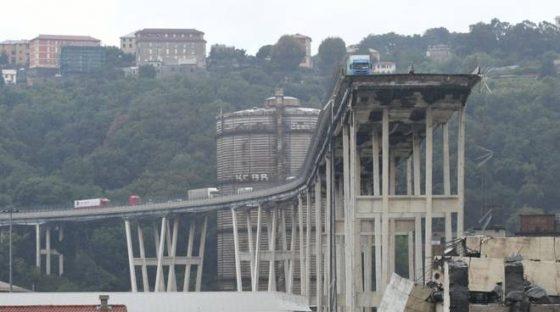 Crollo Genova scatena reazione di controlli a Firenze e Versilia