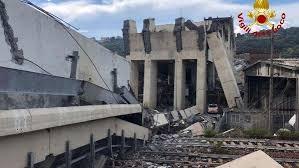 Crollo Genova: minuto di silenzio ed eventi annullati in Toscana