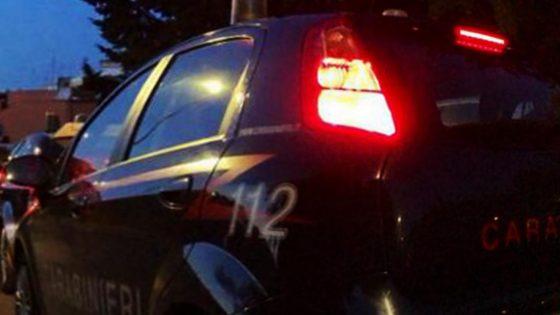 Arrestata ex guardia giurata per stalking: 'Pubblico tue foto',poi le danneggia auto