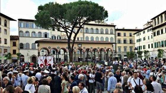 Inaugurata Piazza dei Ciompi 'riqualificata'