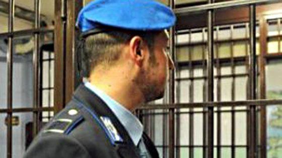 Presidio agenti polizia penitenziaria del Sappe a Sollicciano