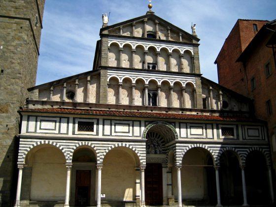 Pistoia: giù tegole da cattedrale, nessun danno a persone