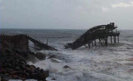 """Rio Marina: distrutto il pontile minerario, """"pezzo di storia morto per incuria"""""""