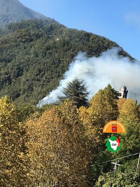 Lucca: incendio nei boschi di Stazzema