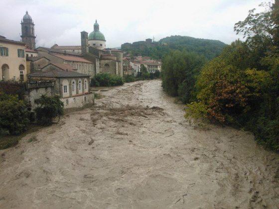 Maltempo in Toscana: superati livelli di guardia fiume Magra
