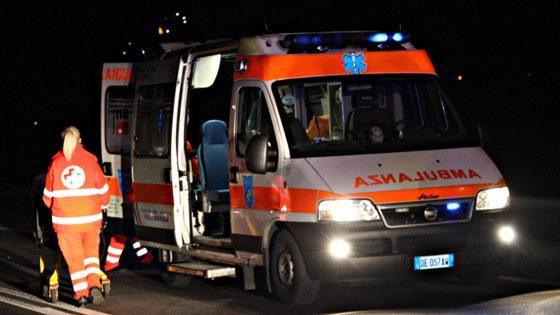 Arezzo: pulmino contro albero, conducente accusata di omicidio colposo