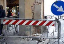 colonna corridoio vasariano danneggiato
