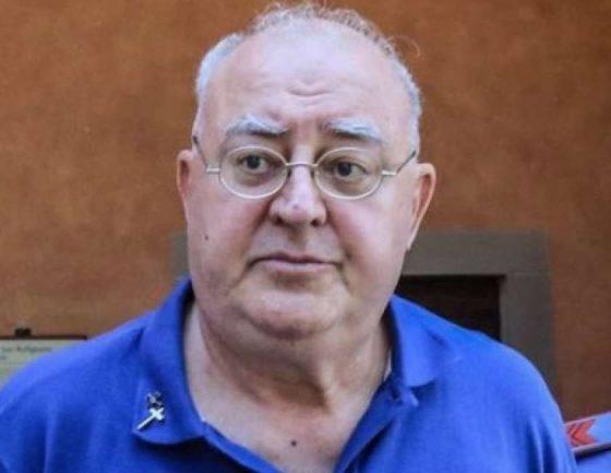 Prete sorpreso in auto con bimba: difesa chiede perizia psichiatrica