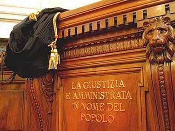 Firenze, racket case: 15 rinviati a processo, anche dipendente Inps