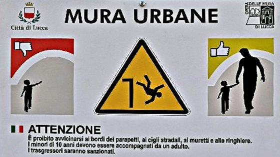 Nuovi cartelli pericolo caduta dalle Mura di Lucca