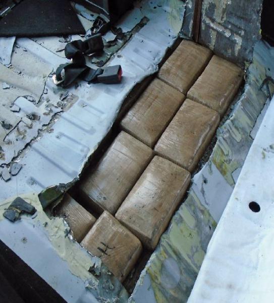 Droga, 11 arresti: stroncato traffico dal Nord Europa