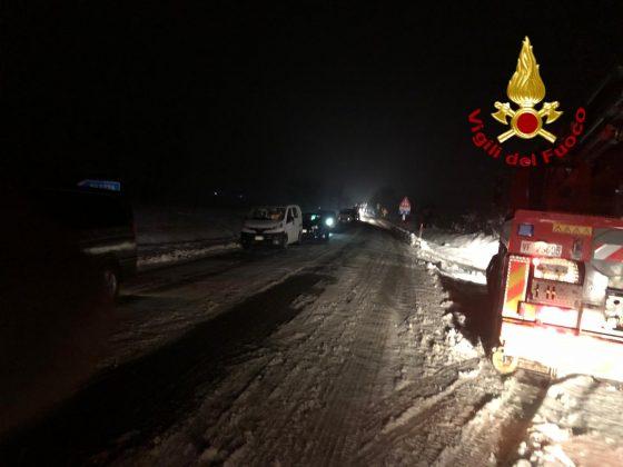 Cade da viadotto Autopalio dopo aver scavalcato un guard rail, ferito