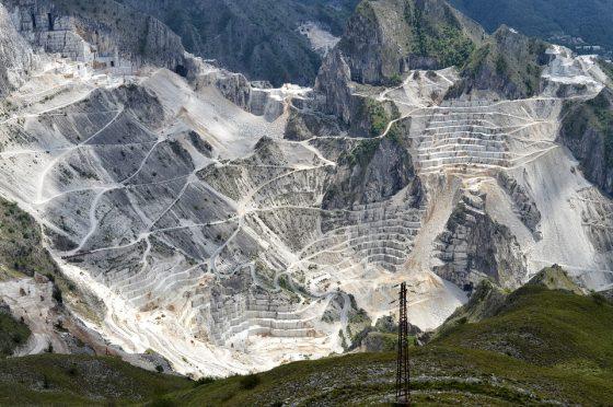 Appalti: dirigente Comune Carrara interdetto da pubblici uffici
