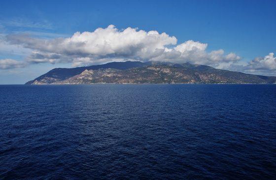 Cgil: allungare pista Elba e aprire rotte estive