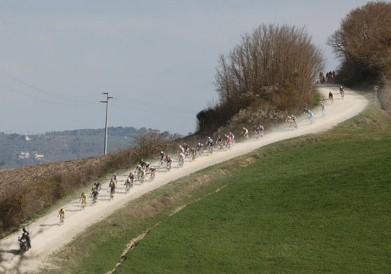 Ciclismo, torna la 'Strade bianche' a Siena