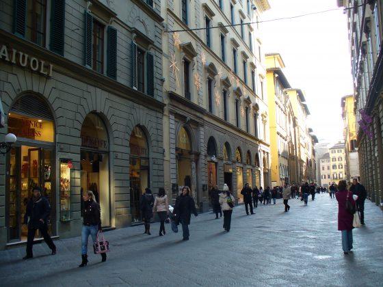 Confcommercio Firenze, in 10 anni -5% botteghe in centro