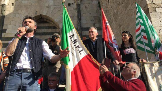 """Rossi a Prato: """"Ritrovare ragioni del nostro vivere civile, scritte nella Costituzione"""""""