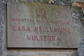 50 detenuti infetti nel carcere di Volterra, maxi screening