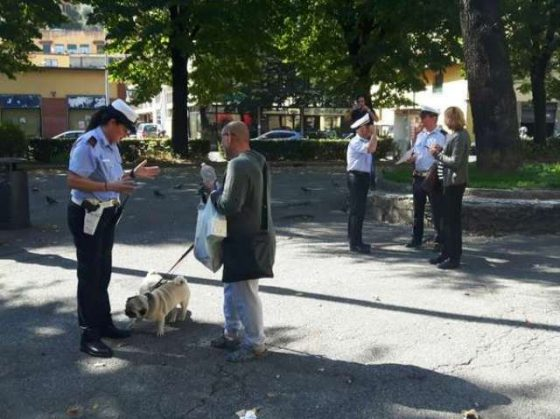Benscavato vecchia talpa: speciale vigile di quartiere a Firenze
