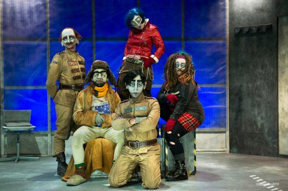 """Un post a teatro: """"Sêmi – senza infamia e senza lode"""""""