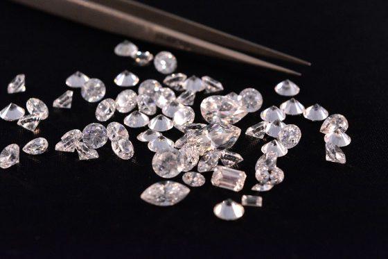 Truffa diamanti: Bpm in sciopero, dipendenti accanto clienti