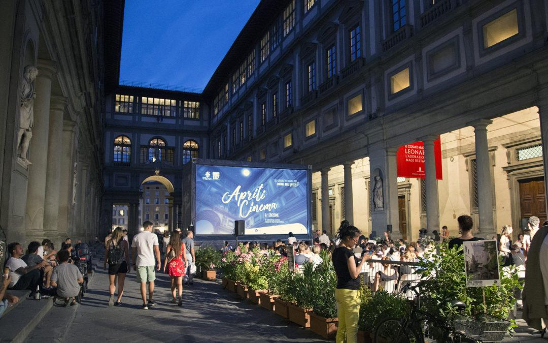 Torna Apriti Cinema nel piazzale degli Uffizi
